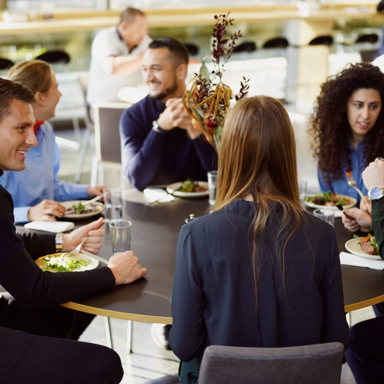 kontorfaciliteter - Lækker frokost i HUBNORDIC